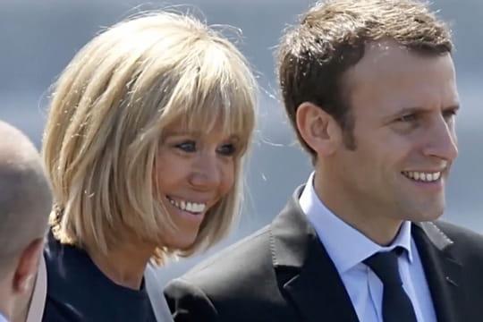 """Pour sa femme Brigitte, Emmanuel Macron aura """"un problème avec (s)a gueule en 2022"""""""