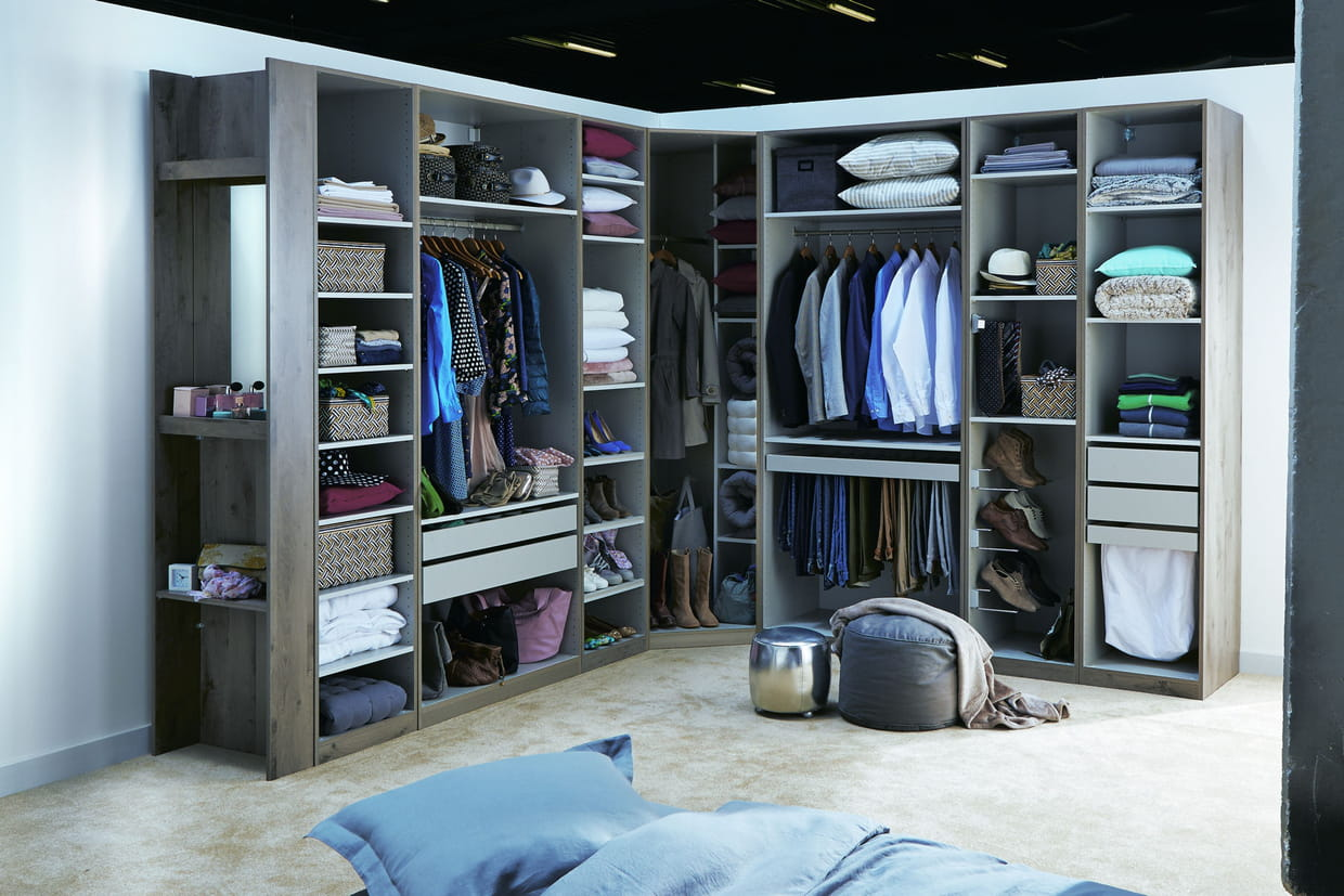 ton dressing tu organiseras. Black Bedroom Furniture Sets. Home Design Ideas