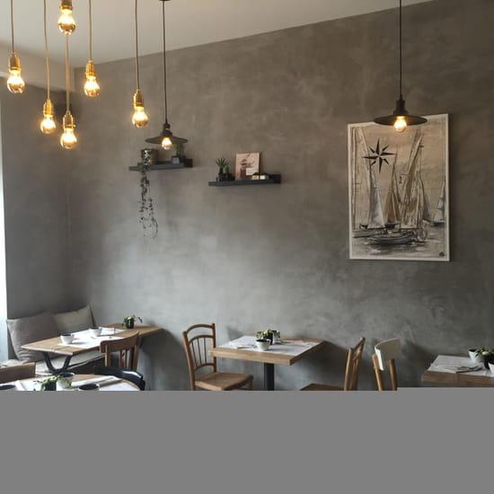 Restaurant : La Marie Cécile  - La salle -   © oui
