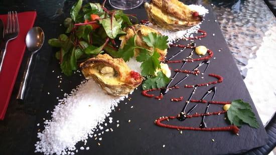 Entrée : Terre et Mer  - Huîtres gratinées au foie gras -