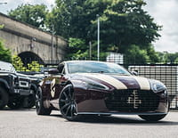 Top Cars : Aston Martin V8 Vantage