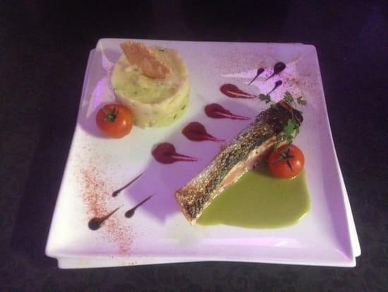 Plat : Le B28  - Saumon gravelax  au vert de concombre et wasabi   -