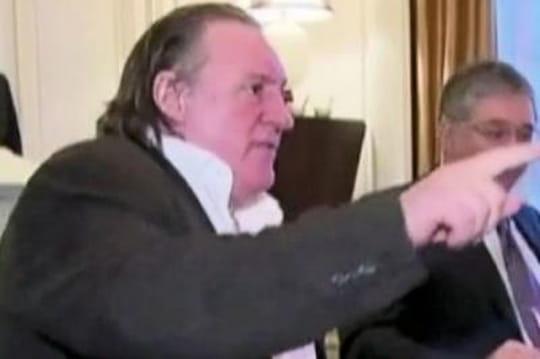 Gérard Depardieu: comment il a sermonné Hollande etautres outrances
