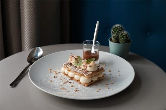 L'Archimède  - Millefeuille vanille, éclats de noisette et caramel au beurre salé pour encore plus de gourmandise -   © www.bigbouffe.com