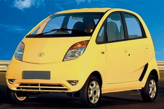Les premières images de la Tata Nano, la voiture la moins chère du monde