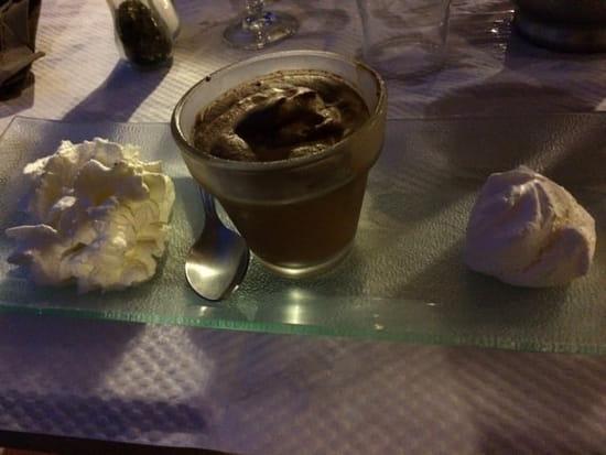 Dessert : Auberge du Cheval Blanc  - Mousse au chocolat maison -