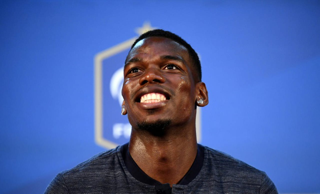 "France: Pogba salue l'apport défensif ""extraordinaire"" de Griezmann"