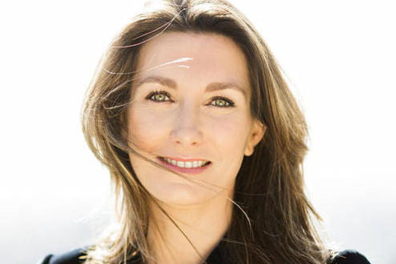 Anne-Claire Coudray: biographie courte et fiche d'identité