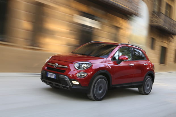 fiat 500x une nouvelle venue dans la famille 500. Black Bedroom Furniture Sets. Home Design Ideas