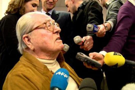 """Jean-Marie Le Pen: """"Lesnoirs courent plusvite que lesblancs etnagent beaucoup moinsvite"""""""