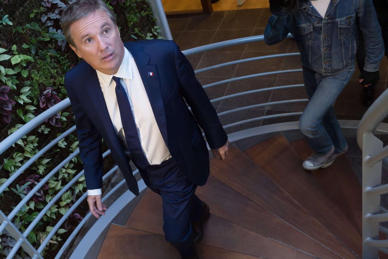 Législatives: Dupont-Aignan réélu dans l'Essonne