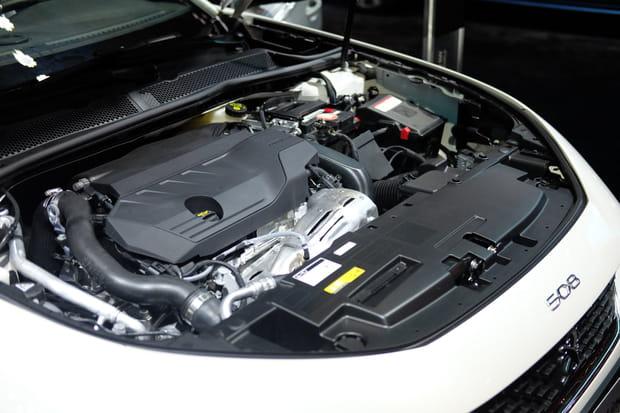 Quels moteurs sur cette Peugeot 508SW?