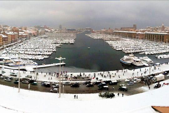Le vieux port de marseille sous la neige - College vieux port marseille ...