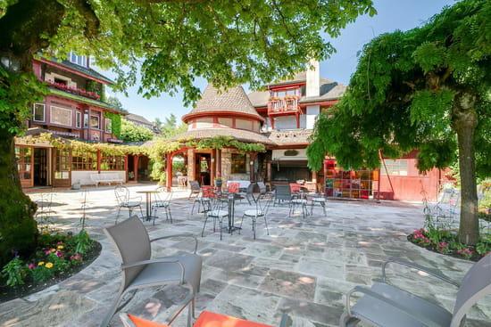 Restaurant : La Verniaz  - Terrasse -   © La Verniaz SARL