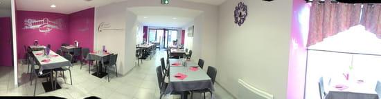 Restaurant : La Petite Venise  - La salle de restaurant -   © Lapetitevenise