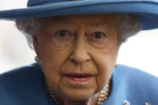 Elisabeth II et ses comptes offshore: la défense de la reine d'Angleterre
