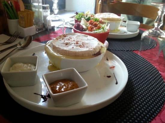 Plat : Le Somail  - Tartare de Boeuf en croûte de Camembert -