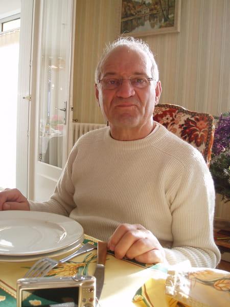 Bernard  Dadillon