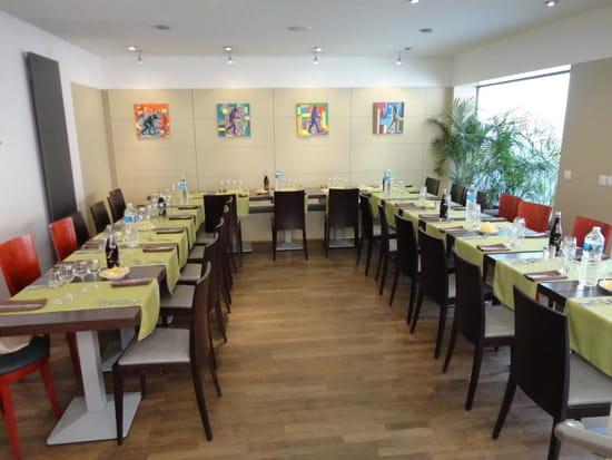 L' Entracte  - Salle pour repas d'affaire, Repas de famille, Anniversaire....... -