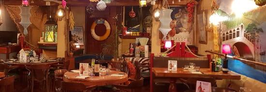 Restaurant : La Riviera  - ''salle de la fresque'' -   © la riviera