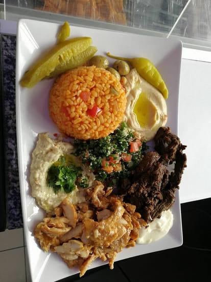 Plat : Le Cèdre Oriental  - plat libanis -   © le cèdre