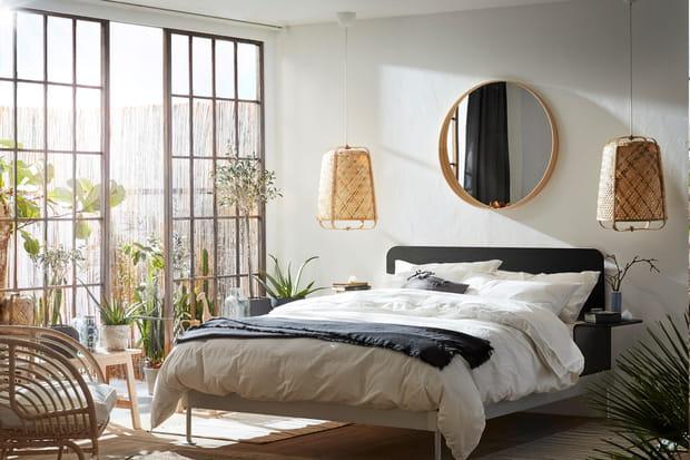 Où installer un miroir pour agrandir une pièce?