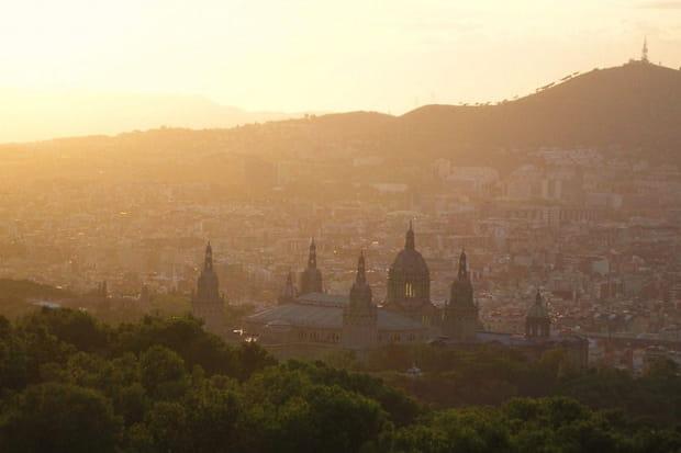 La Catalogne au soleil couchant