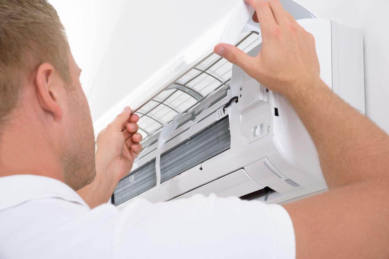 Installer Une Clim Réversible intérieur climatisation : laquelle choisir pour sa maison ?