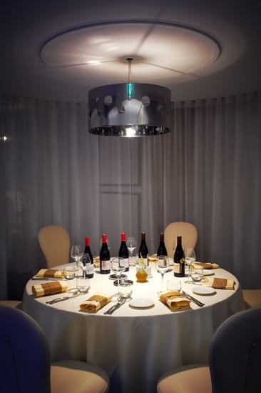 L 39 eloge restaurant de cuisine traditionnelle vacqueyras avec linternaute - Cuisine romaine traditionnelle ...