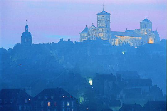 Au départ de Vézelay