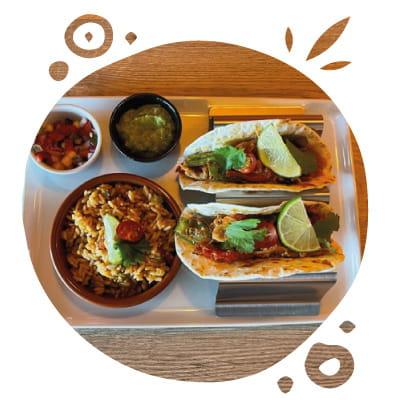 Plat : O'Mexicain  - Tacos Poulet -   © O'Mexicain