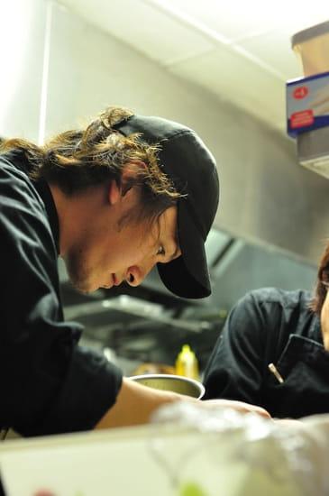 Sola par Hiroki Yoshitake  - le chef -   © Antony