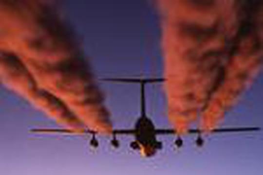 Pourquoi les avions laissent-ils des traînées dans le ciel ?