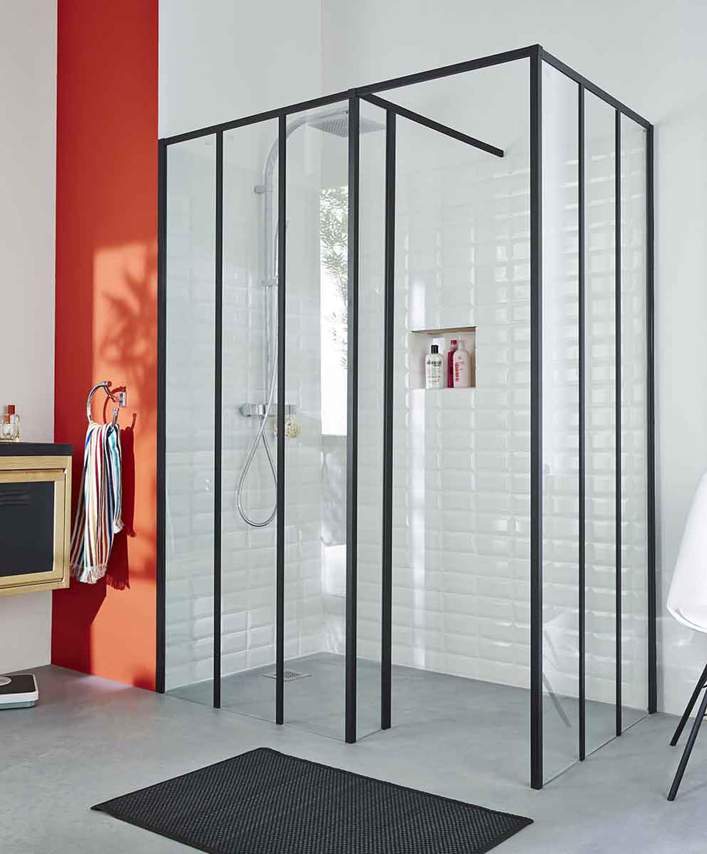 Une douche l 39 italienne spacieuse style verri re - Paroi douche italienne castorama ...