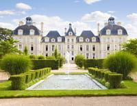 Les vacances préférées des Français : Vacances à vélo autour des châteaux de la Loire