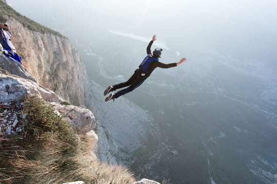 Base jump : comment en faire ?