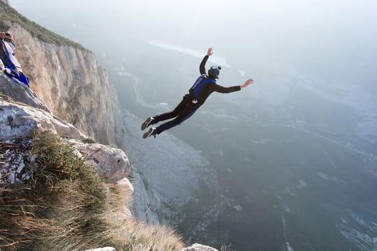 Base jump: comment en faire?