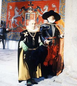 Yves Montand et Louis de Funès dans le film La Folie des grandeurs