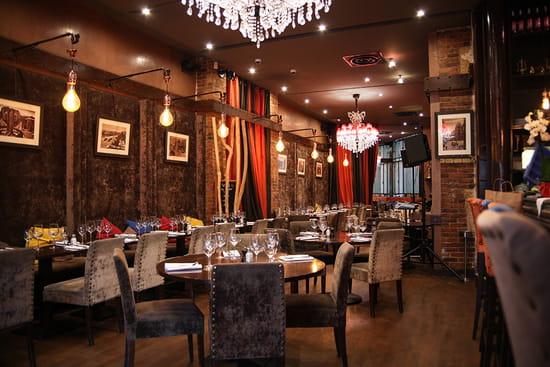 Restaurant : L'Officiel  - SAlle -   © L'Officiel