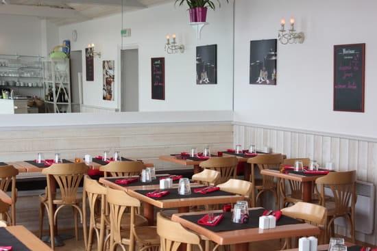 Crêperie-restaurant L'invitation  - décoration intérieure  -