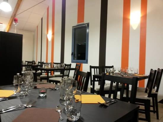 Restaurant : Le Bar d'Arq   © steve