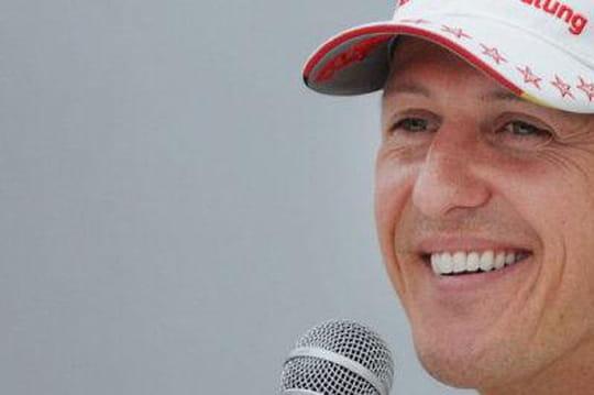 """Michael Schumacher: son état desanté s'améliore, des """"moments d'éveil"""""""