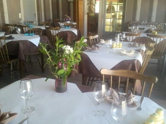 Restaurant : Le Beauséjour  - salle -   © 12