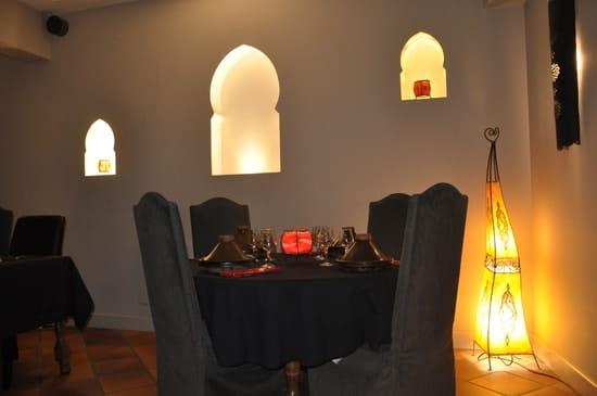 Saveurs du maroc  - une table aux Saveurs du Maroc -   © mo baz
