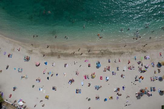 Vacances d'été: frontières ouvertes, règles... Ce qui a été décidé