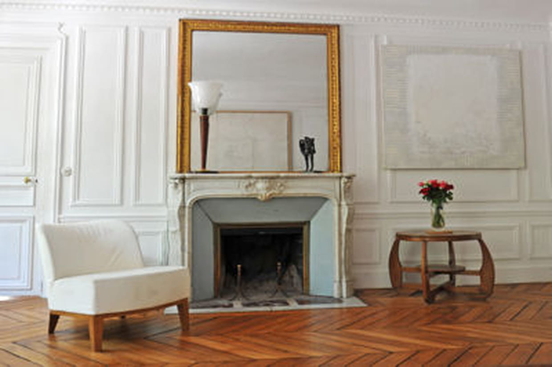les feux de chemin e nouveau autoris s paris. Black Bedroom Furniture Sets. Home Design Ideas