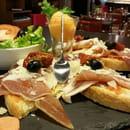 Entrée : Le Somail  - Bruchetta de jambon serrano et copeaux de parmesan  -