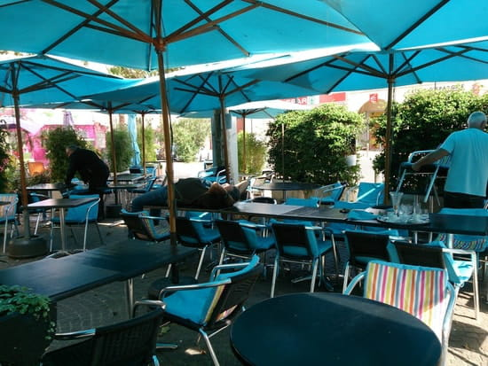 Restaurant : Les Enfants Terribles  - Superbe terrasse -