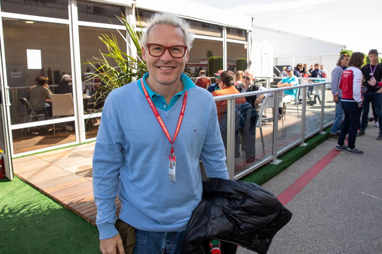 Jacques Villeneuve: la biographie de l'ancien pilote et consultant de Canal +