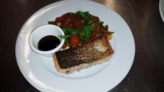 Le Bistrot du Coin  - Dos de saumon d'Ecosse et wok de légumes -